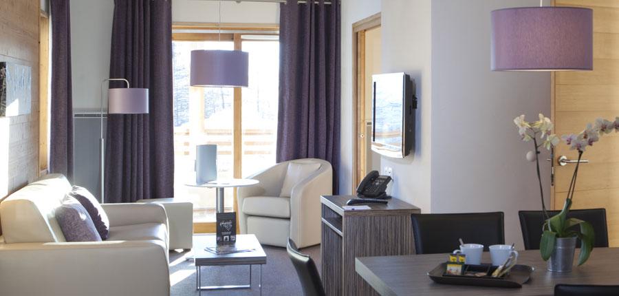 France_AlpedHuez_Hotel_Alpenrose_lounge.jpg